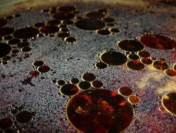 óleo e água